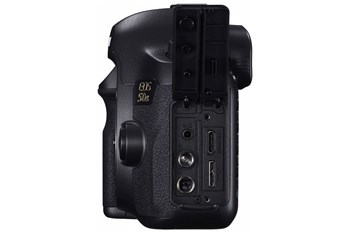 Canon 0581C008AA Canon EOS 5DS Camera Body Only